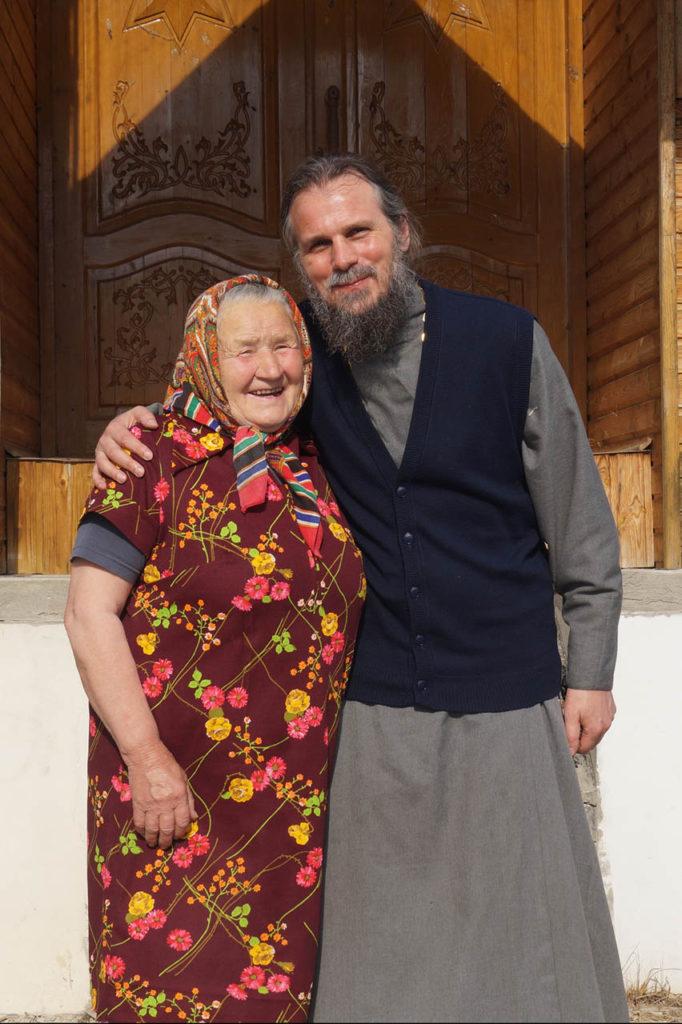 Староста во Славу Божию более 20 лет двух храмов в Симаково Галина
