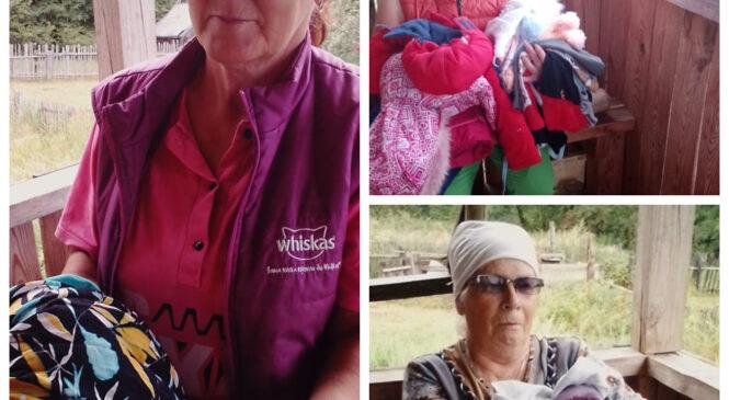 Выдача вещевой помощи в Новленском